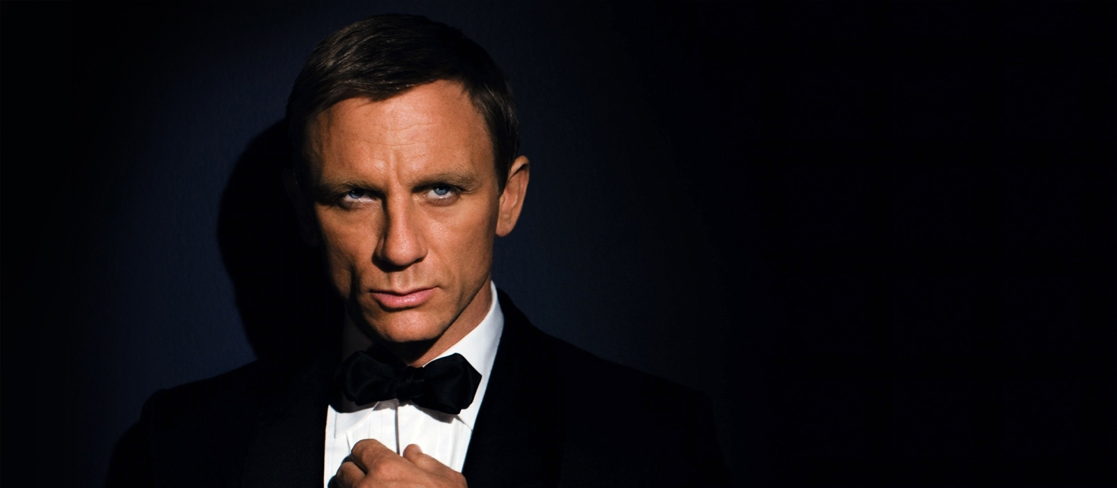 Russia's calling code is 007